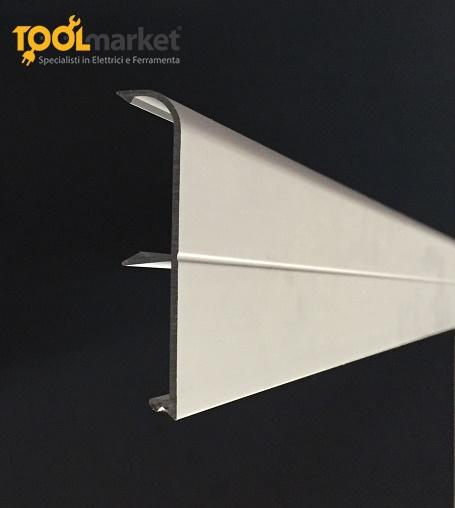 Battiscopa in alluminio anodizzato portacavi argento