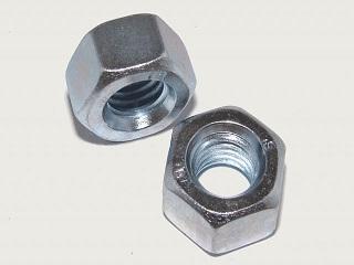 Dadi esagonali zincati DIN934