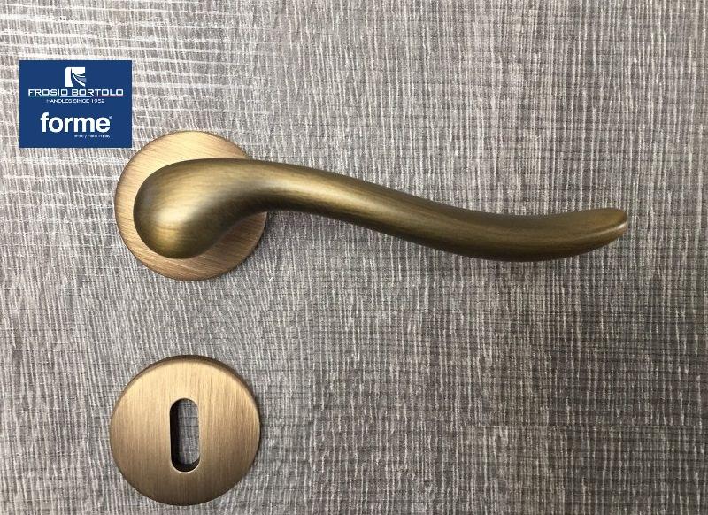 Maniglia  per porta Amalfi bronzo yester Frosio Bortolo patent