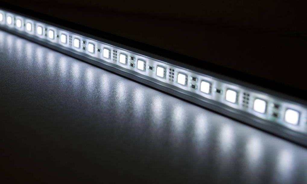Striscia LED smd5050 14.4w a mt 6500°k