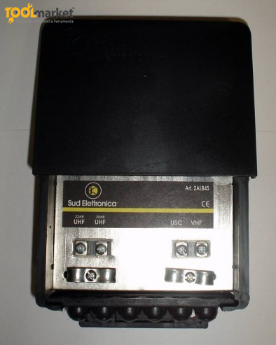 Amplificatore da palo per antenna 2 ingressi