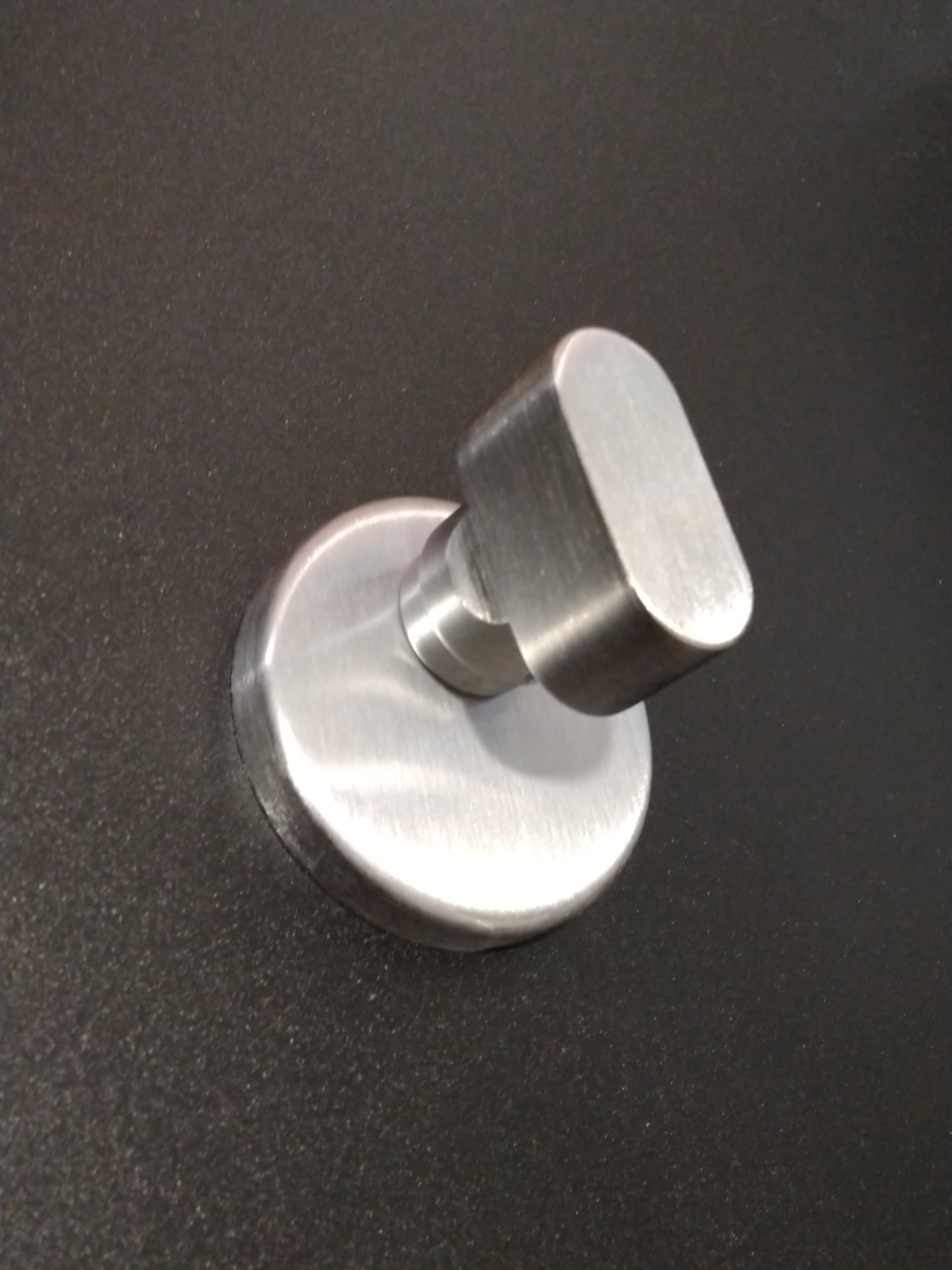 Pomolo per cilindro codolo in zama cromo satinato - REGUITTI
