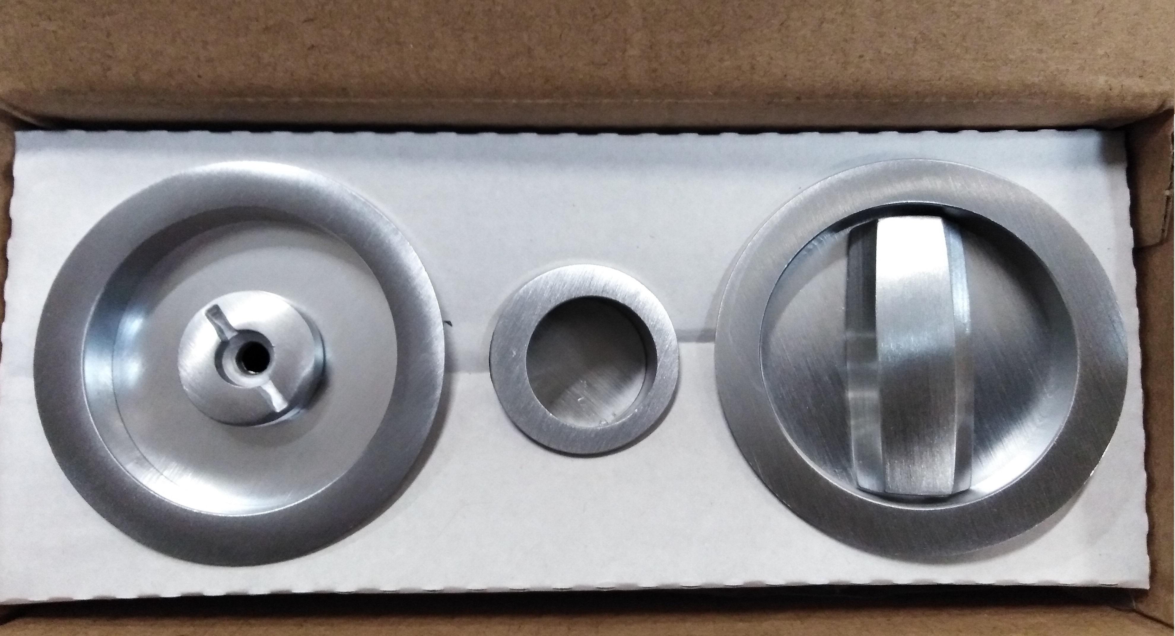 Kit maniglie tonde e serratura per porte scorrevoli
