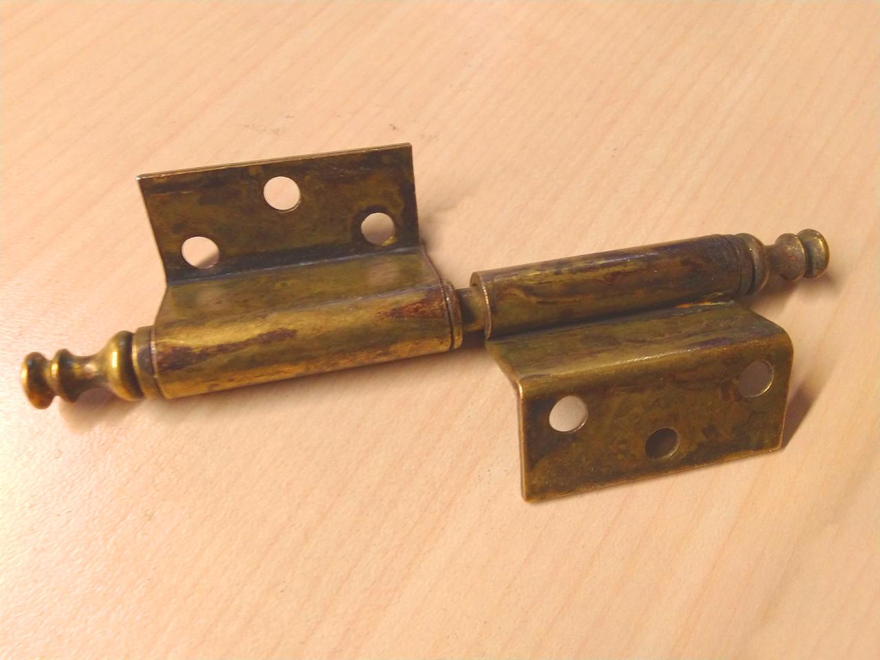 Cerniera per mobili zancata in ottone antico 70x105 SINISTRA - METAL STYLE